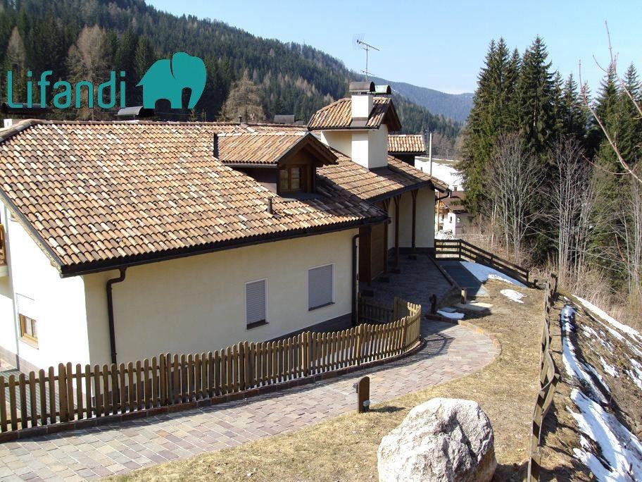 Ega: Bilocale al piano terra con terrazza e giardino | Lifandi ...